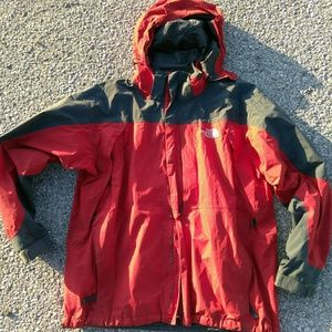 THE NORTH FACE SUMMIT SERIES COAT